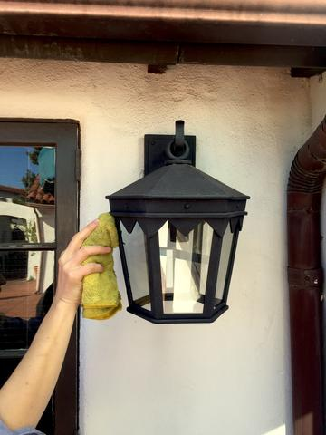 exterior lights cleaning